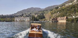 Driver and 2 guests on the boat – Villa d'Este on the background