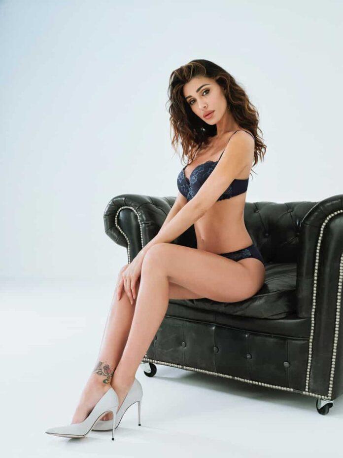 Belen Rodriguez Jadea 4249 balconcino+slip
