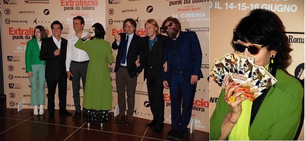 Elisabetta Sgarbi & Extraliscio foto credits New Reporter Press Milano