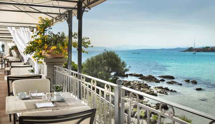 06 Gabbiano Azzurro Sardinia breakfast terrace with sea view 1