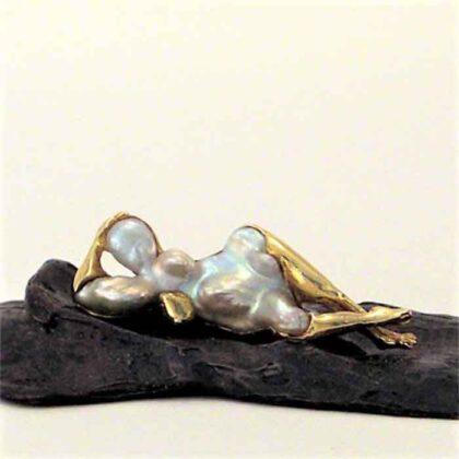 Corrado De Meo Omaggio a Goya perla barocca bronzo e oro
