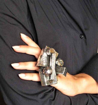Corrado De Meo Paesaggio Metropolitano 01 argento elettroformato e ossidi