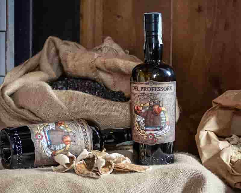THE FIGHTING BEAR GIN 3 photo by Agnese Pierott